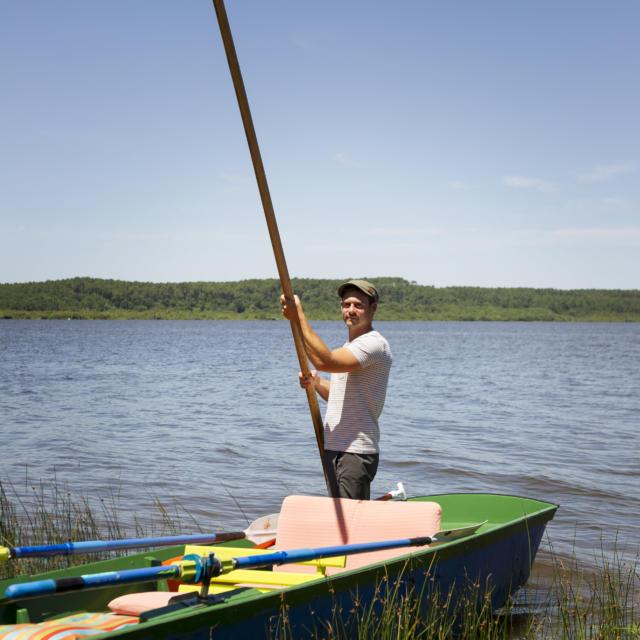 Batelier du Courant d'Huchet au départ du Lac de Léon | Côte Landes Nature